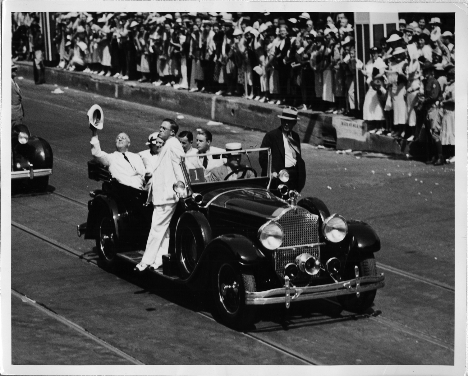 1928 Packard carrying President Roosevelt during a parade in Dallas, Texas  | DPL DAMS