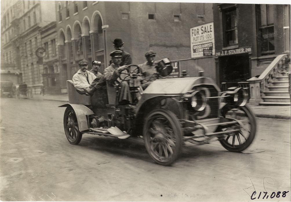 driver and passengers in 1909 stearns automobile dpl dams. Black Bedroom Furniture Sets. Home Design Ideas